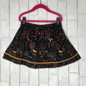 YOU CANNOT RESIST THIS ADORABLE XHILARATION SKIRT